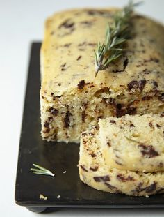 Rosemary Olive Oil Cake with Dark Chocolate is a divine, rich cake that is perfect for Shabbat and holidays. Dessert Cake Recipes, Just Desserts, Trifle, Nutella, Chocolate Olive Oil Cake, Crockpot, Rich Cake, Kosher Recipes, Jewish Recipes