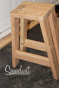 Simple and Impressive Ideas Can Change Your Life: Kids Bedroom Remodel Shower Curtains small bedroom remodel murphy beds. Diy Bar Stools, Diy Stool, Wood Stool, Diy Chair, 2x4 Wood Projects, Woodworking Projects Diy, Diy Projects, Outdoor Projects, Woodworking Tools