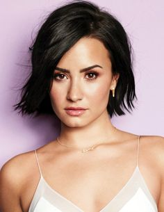 Demi Lovato Short Hairstyle
