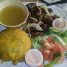 Carne frita con mofongo y caldo  @  Mr. Mofongo, Aguadilla.
