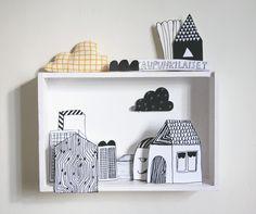 Kanelikauppa: paper still life