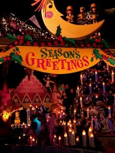 Small World Disneyland Christmas 2012