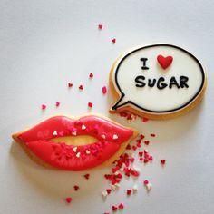 I love sugar.  |  Me too!