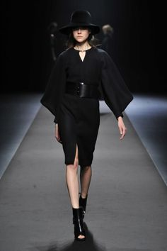 A DEGREE FAHRENHEIT | Mercedes-Benz Fashion Week TOKYO