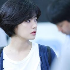 Today we have the most stylish 86 Cute Short Pixie Haircuts. Pixie haircut, of course, offers a lot of options for the hair of the ladies'… Continue Reading → Short Hair Tomboy, Girl Short Hair, Short Hair Cuts, Short Pixie Haircuts, Girl Haircuts, Pixie Hairstyles, Lee Joo Young Hair, Lee Joo Young Actress, Two Block Haircut