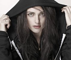 this has to be the best picture of katie i've ever seen. KATIE MCGRATH IS AMAZING.