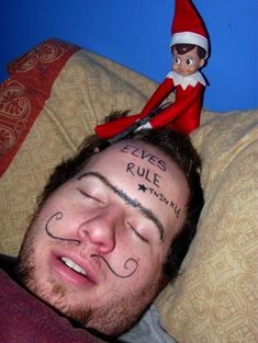 Bad Elf by Momma Melly and other naughty Elf of the Shelf ideas! Bad Elf by Momma Melly and other naughty Elf of the Shelf ideas! Christmas Elf, All Things Christmas, Christmas Ideas, Christmas Music, Christmas Humor, Christmas Carol, Christmas Wreaths, Regal Bad, Awesome Elf On The Shelf Ideas