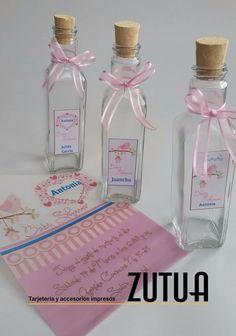 ✨TARJETERIA EXCLUSIVA ✨   Diseño: Botella personalizada  Evento: BabyShower   #tarjetas #tzutuha  #tarjeteria #bodas #zutuha #recordatorios  #agradecimiento #wedding #cards #zutua #bo #bogota #co #colombia #eventossociales #boda #grado #bautizo #babyshower #primeracomunion #quinces #babyshowercolombia #babyshowerzutua Baby Shower, Perfume Bottles, Wine, Diffuser, Handmade Cards, Wine Bottles, Decorated Bottles, Christening, Invitations