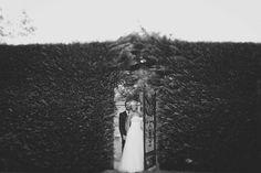 Kat Stanley Photography :: Terrara House :: Wedding photo :: black and white :: photography :: Bride :: Groom :: Outdoor Wedding