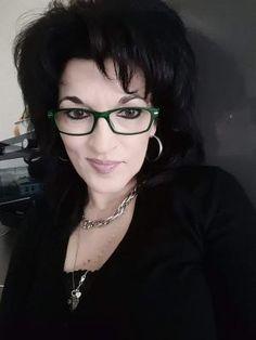 FLORI DE LILIAC de ANGELA MIHAI în ediţia nr. 2678 din 01 mai 2018 Liliac, Mai, Eyes, Glasses, Eyewear, Eyeglasses, Eye Glasses, Sunglasses