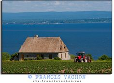 Ile d'Orléans...typical home of our first settlers in the 1600s.