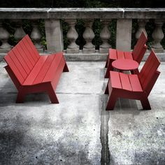 outdoor furniture made from recycled empty plastic containers - HDPE (high-density polyethylene) http://www.trendir.com/green/recycled-modern-outdoor-furnit.html
