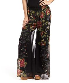 Look at this Ash & Sara Black & Red Rose Palazzo Pants - Women on today! Pants For Women, Clothes For Women, Pretty Baby, Palazzo Pants, Feminine Style, How To Look Pretty, Red Roses, Dress Up, Style Inspiration