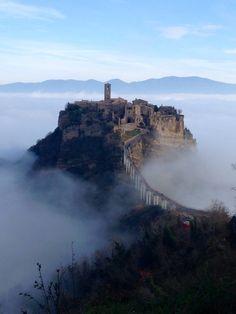 If this isn't what dreams are made of..... Civita di Bagnoregio, Italia Lazio