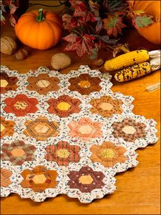 Season's Splendor Table Mat ^