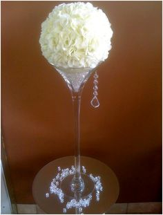 White flower ball on a martini glass Modern Centerpieces, Wedding Table Centerpieces, Martini Glass Centerpiece, Flower Ball, Wedding With Kids, Centre Pieces, Decoration, White Flowers, Flower Arrangements