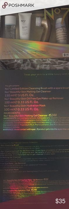 No 7 deluxe cleanse collection This set contains no.7 cleansing brush with a spare brush head. Beautiful skin melting gel, eye makeup removal, skin hydration mask.  All products of No.7  include with instruction booklet. No.7 Makeup