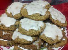 Yum... I'd Pinch That! | Grandma Ann's Iced Oatmeal  Spice Cookies