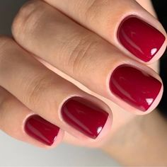 💅🏻RDV 👉🏻 www. Channel Nails, Nail Manicure, Nail Polish, Manicure Ideas, Opi, Nail Art Designs, Ruby Nails, Rouge Paris, Feet Nails
