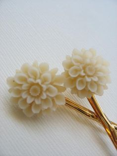 lovely hair pins