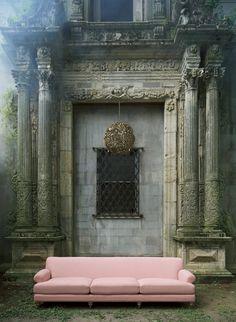 Linen Grand Willoughby Sofa