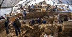 King Hezekiah's Administrative Compound Discovered Next to US Embassy, Jerusalem - Breaking Israel News | Latest News. Biblical Perspective. Archaeological Discoveries, Archaeological Finds, Ancient Near East, In Ancient Times, King Hezekiah, Back Up, Ancient History, Discovery, The Neighbourhood