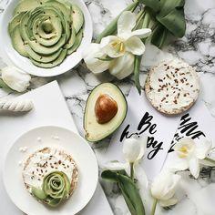 Идея для фото в инстаграм. Раскладка весна, раскладка еда, вдохновение, настроение, instagram #фото #instagram #flatlay