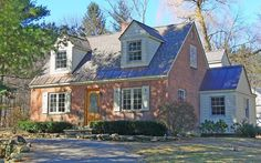 House Types Styles   ... Style Roof - Picture Dictionary of Roof Styles and Types and Details *******LOVE this house :) ~s