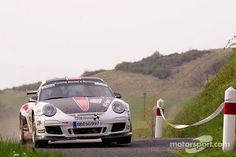 Rallying Porsche