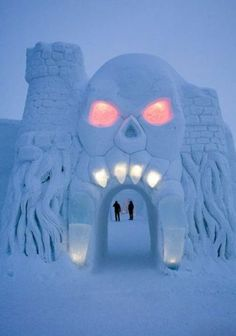 An ice hotel: LumiLinna SnowCastle in Finland, with chapel and honeymoon suite Malta, Snow Castle, Ice Hotel, Ice Art, Snow Sculptures, Ice Castles, Snow Art, Les Themes, Snow And Ice