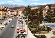 Piazza Campedèl Belluno Dolomiti Veneto Italia da Belluno e la sua storia pagina FB https://www.facebook.com/groups/350195298472781/?ref=ts&fref=ts