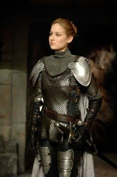 Leelee Sobieski as Joan of Arc  http://celebrityleatherfashions.blogspot.com/2013/09/leelee-sobieski-joan-of-arc-and-whole.html