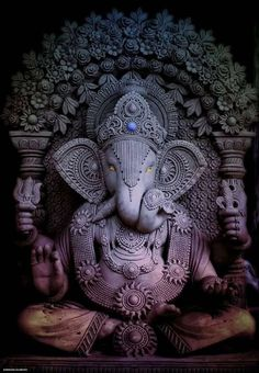 Lord Ganesha is one of the most popular Hindu deity. Here are top Lord Ganesha images, photos, HD wallpapers for your desktop and mobile devices. Shiva Art, Ganesha Art, Hindu Art, Shiva Hindu, Krishna, Buda Wallpaper, Ganesh Wallpaper, Ganesha Pictures, Ganesh Images