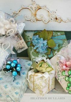 A Few Christmas Wrapping Ideas : theBERRY