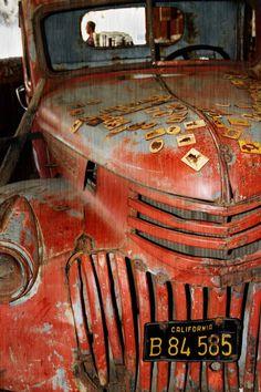 old truck.@Jorge Martinez Cavalcante (JORGENCA)