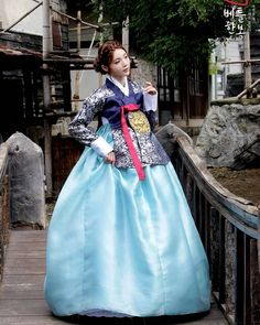 Sexy Poofy Hanbok girl with a nice small look of her petticoat