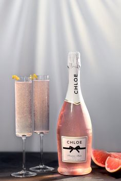 This twist on a classic French 75 uses fresh squeezed grapefruit juice and NEW Chloe Prosecco Rosé to give the sparkling wine cocktail a delightful pink hue. INGREDIENTS 1 part gin 1/2 part grapefruit juice, freshly squeezed 1/2 part simple syrup 3 parts Chloe Prosecco Rosé Grapefruit twist, for garnish DIRECTIONS Add the gin, grapefruit juice, and simple syrup to a shaker with ice and shake to combine. Strain into a flute. Top with Chloe Prosecco Rosé. Garnish with a grapefruit twist. Sparkling Wine Cocktail Recipes, Rose Cocktail, Wine Cocktails, Bar Drinks, Cocktail Drinks, Alcoholic Drinks, Beverages, French 75, Fruit Box
