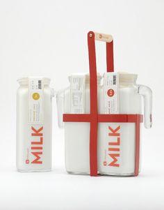 La bouteille de lait Kirkland, design by Kristopher Leigh, Woorim Choi, Anna Bazarnaya (Student Work)