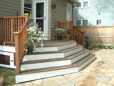 New Wide Patio Steps Deck Stairs Ideas Front Porch Deck, Front Porch Design, Front Porches, Front Yards, Side Porch, House Front, Patio Stairs, Backyard Patio, Wood Stairs