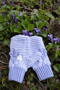Ravelry: porcellan's Alize Mitts for Bogi