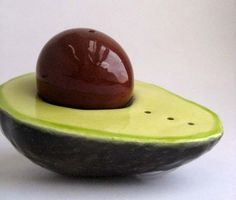Always in seasoning, this glossy avocado shakes up dinner with original design.