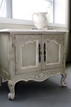 decoration enchanting white french country bathroom vanity with decorative cabinet carvings using antique distressed painted furniture including wrought iron pull handles and ceramic pitcher Distressed Furniture, Shabby Chic Furniture, Vintage Furniture, Vintage Nightstand, White Nightstand, Paint Furniture, Furniture Projects, Furniture Makeover, Decoration Shabby