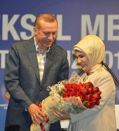 Erdogan, my love Islamic Fashion, Reiss, Hijab Fashion, Beautiful Places, Gowns, World, My Love, Random, Vestidos