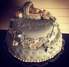 Dåpskake til gutt Baptism cake boy Baby Cakes, Baby Shower Cakes, Baby Girl Baptism, Cakes For Boys, Krishna, Christening, Babyshower, Fondant, Food And Drink