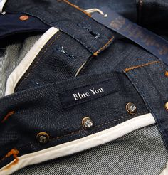 Scotch and Soda introduce the Ralston Dragged Dry that is part of the new autumn/winter collection. The dark crisp denim is a slim fit jean and is a real wardrobe must have for this season. http://www.itsinyourjeans.co.uk/top-brands-1003/scotch-soda/ralston-dragged-dry.html