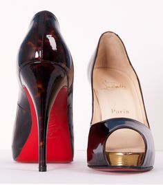 Save up to off , LOVE it This is my dream Christian Louboutin Shoes! Christian Louboutin Outlet only Hugo Boss, Louboutin Shoes, Shoes Heels, Christian Louboutin Outlet, Christian Shoes, Mode Glamour, Shoe Boots, Shoe Bag, Red Bottoms