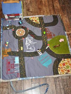 Superbe tapis de jeu + garage en tissu !