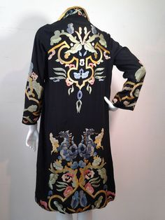 1920s Harrod's of London Chinese-style, dragon embroidered silk duster jacket. Original lining in green silk. Made in Vienna for Harrod's