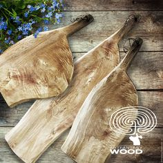 When You're In A Hurry, This Article About Woodworking Is Perfect Wooden Chopping Boards, Wood Cutting Boards, Wooden Boards, Woodworking Bed, Woodworking Projects, Pallette Furniture, Kitchen Board, Kitchen Tools, Old Wood
