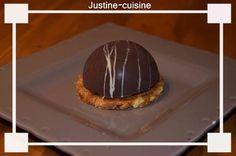 Dômes+au+chocolat+et+à+la+mousse+de+poire+sur+croquant+au+speculoos